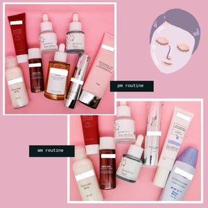 💞💞 SKINCARE ROUTINE 💞💞 ⠀ 🌝Morning Skincare Routine : Cleansing milk - Facial wash - Toner - Somethinc Niacinamide - Somethinc Hyaluronic - Eyecream - Moisturizer - Sunscreen ⠀ 🌜Night Skincare Routine : Cleansing milk - Facial wash - Toner - Ampoule / Essence - Somethinc Niacinamide - Somethinc Hyaluronic - Eyecream - Sleeping Mask ⠀ 🍃🍃🍃🍃 Aku tuh tipikal orang yg suka pake berlayer-layer skincare. Terutama utk pemakaian serum. ⠀ Knapa? Soalnya aku ngerasa kulitku emang punya banyak kebutuhan. Jadi rasanya ga cukup kalo cuma pakai satu serum doang. Makanya aku suka banget nyetok macem2 serum. ⠀ Tapi nggak semua serum juga langsung ditemplokin ke muka. Biasanya disesuaikan aja ama kebutuhan dan keinginan 😁😁 ⠀ Cuma, sejak kenal ama dua serum @somethincofficial tuh aku emang  jd agak setia. Biarpun sering jg pakai serum lainnya, 2 serum somethinc tuh pasti ttp masuk ke daily routine aku. ⠀ Cocok aja sih. Kerja serumnya cepat, tp formulanya bisa dibilang mild. Sejak awal pakai, aku nggak pernah ngerasa ada masalah ama serum mereka. Udah gt brand lokal dan harganya terjangkau pula. Kurang apalagi coba? ⠀ Apalagi kalau pakainya tandem ama AHA BHA PHA Peeling Solution beuuuhh bagus bgt dah🥰🥰 👍🏻👍🏻👍🏻 ⠀ Ini udah masuk botol kedua semua. Dan udah waktunya repurchase lagi. Kemasannya mungil sih, jd cepat abis 🤭 Abis ni mo beli yg kemasan gede 40ml biar agak awet ⠀ #SkincareDiRumahAja #SomethincForYou #skincareaddict #skincare #SkincareIndonesia #SkincareRoutine #skincareproducts #localskincare #beautybloggers #beautyblog #emakbloggersolo #ClozetteID #Somethincserum