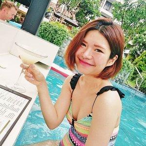 Pop-coloured swimmie 😸 #martini #lycheemartini #cheers #drink #drinking #girljustwannahavefun #travel #traveller #traveling #travelling #bali #indonesia #vacation #self #selfportrait #swimsuit #look #lotd #lookoftheday #lookbook #retro #nailpolish #instatravel #travelgram #clozetteid #clozetteco #clozette