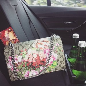 Happy Saturday 02/03 Staring at flowers on the backseat eases the pain away. #spring #springsummer2016 #gucci #bag #dyonisus #borsa #flower #flowerpattern #flowers #painting #pattern #monogram #bagoftheday #look #style #fashion #clozetteid #clozetteco #clozette #femaledaily #femaledailynetwork #lookoftheday #styleoftheday #lookbook #instadaily #instagood