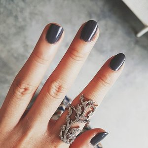 Perfect storm! @lagirlindonesia 's Color Pop in Storm! #emo #gloomy #nails #nailsoftheday #nailsonfleek #nailsofinstagram #lagirl #lagirlindonesia #nailpolish #nailporn #nailpolishaddict #clozette #clozetteid #clozetteco #grey #gray #beauty #beautyaddict #beautyjunkie #pretty #prettynails #ring #accessoryoftheday #accessoryaddict