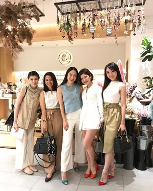 Throwback Picture : Love Bonito empowering women talkshow with ladyboss @biancabelnadia and @dayudara last week #lovebonito #lbootd #LB #womenofLB #sayaLB #clozetteid