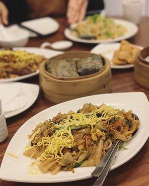 Tantangan setiap jumat selama masa prapaskah : mencari menu anti daging yang enak 🐼🍜 vegetarian fried kwetiaw #friedkwetiaw #kwetiaw #foodie #foodism #foodgasm #foodiegram #chinesefood #clozetteid
