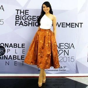 Wearing my @swanstwenty skirt with proud on #ifw2015 event... #clozetteid #asiangirl #longhair #me #blackhair #oneshoulder #batik #ignesia #igers #jakarta #fashion #fashionista #fashionshow #fashionspread #fashionblogger #fashiondiaries #fashionstyle