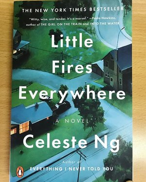 """Reading Material 📘📘📘 """"Little Fires Everywhere"""" have you read it ? this book named a best book of the year in fiction categories by Goodreads in 2017, so excited 💙💙 #book #bookworm #novel #littlefireseverywhere #celesteng #bookstagram #bookoftheday #clozetteid #clozetteambassador #instagram #instadaily"""