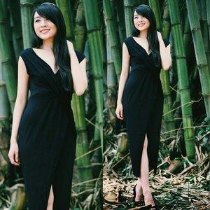 Still cant move on this look, wearing @dayglowvintage little black dress... In the middle of the magical bamboo forest  #theresiajuanita Www.theresiajuanita.com  #littleblackdress #asiangirl #vscocam #blackdress #lbd #fashionblogger #fashionblog #fashionmoment #fashionstyle #styleoftheday #styles #styleicon #igstyle #instastyle #indonesianfashionblogger #indonesianbeautyblogger #femaledaily #ootd #outfitoftheday #ootdindo #ootdasean #lookbook #Lookbookindonesia #nature #photoshoot #model #clozetteid #clozettegirl