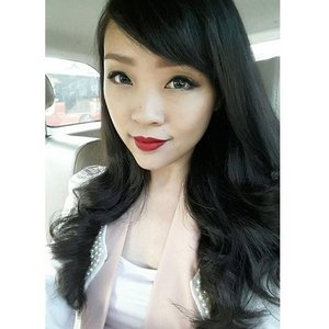 Good morning... as we all doing our tasks today, im already on my way to visit my customer... are you one of panin loyal customer ?? #me #selfie #asiangirl #longhair #blackhair #ravenhair #redlipstick #redlips #clozette #clozetteid #faceoftheday #fotd #femaledaily #fdbeauty #ririwoo #macririwoo