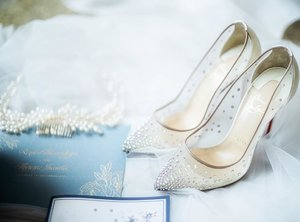 Every woman needs a magical shoes on her magical day �� this is my pick... louboutin follie strass 100mm... my love at first sight shoes... #weddingshoes #shoes #louboutin #louboutinshoes #folliesstrass #folliesstrass100 #instagram #instashopping #weddingshoes #clozetteid