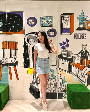 Another day of : plain shirt + mini skirt + pink sneakers day... Btw, if im looking for a place with the creative background like this.. where should i go? #ootd #ootdindo #casual #casualoutfit #looks #outfit #ootdasean #look #lookbook #lookbookindonesia #lookbooklookbook #instastyle #styles #style #stylish #styleblogger #indonesianbeautyblogger #ibb #loveit #likeit #instapic #potd #pictureoftheday #clozetteid #clozetteambassador