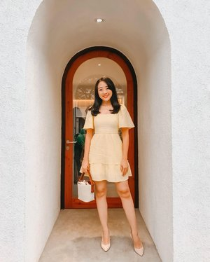 From last Sunday visit to Tatei @tateicafe , i wore yellow daffodil dress to brightened up my mood...   (I never have any yellow dress before but since its our pantone color for 2021, i started to own a few now) 🌻🌞🌧  #clozetteid #clozetteambassador #fdbeauty