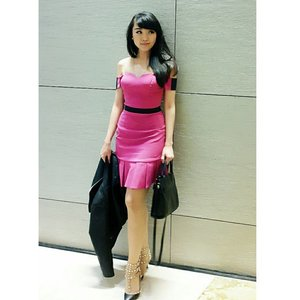 Have a blessed monday pals :) #me #asiangirl #longhair #bangs #styleoftheday #styles #styleblogger #fashionblogger #clozetteid #pink #curvy #streetstyle #fashionstyle #fashionista #fashionblogger #ootd #outfitoftheday #ootdasean #ootdph #ootdindo #lookbookbkk #lookbooklookbook #lookbookmelove #lookbookindonesia #igdaily #ignesia