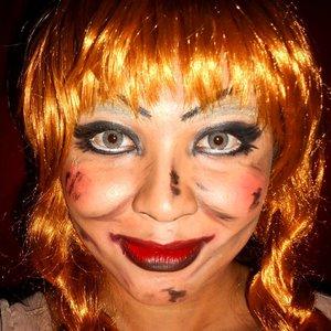 Pretty Annabelle close up selfie 🔪 . . . . #beautyundefeated #makeup #makeuplook #eyemakeup #fdbeauty #vegas_nay #wakeupandmakeup #clozetteid @wakeupandmakeup @make.up.vines #anastasiabeverlyhills #hudabeauty #influencer #beautyinfluencer #halloween #pinkperception #dressyourface #auroramakeup #fotdibb #blogger #cchannelid #annabelle #lfl #l4l #indobeautygram #makeupforbarbies #20likes #conjuring #doll #indonesianbeautyblogger #undiscovered_muas @undiscovered_muas  #indobeautygram #udmhalloween