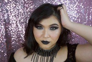 I miss going out wearing black lippy! . Dulu sering banget keluar ngemall gitu pakai gincu hitam. Muka jadi cem ibu tiri sih, dan orang2 pada ngeliatin dengan aneh gitu. But I like it anyway! Hahaha, siapa yang suka pakai lipstick hitam juga?? . . . . #makeup #wakeupandmakeup #valentines #black #antivalentine #gothic #gothicmakeup #asian #makeupforbarbies @makeupforbarbies #beautyblogger #beautybloggerindonesia #dressyourface #hudabeauty #undiscovered_muas #blogger #influencer #bloggerceria @bloggerceriaid #bloggermafia #clozetteid #fdbeauty #beauty #indobeautysquad @indobeautysquad #beautybloggerindonesia @tampilcantik #tampilcantik #beautyjunkie #makeupgeek #beautychannelidfeatured
