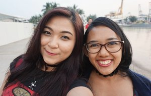 Throwback: With my bestfriend! Too bad we didn't have more time to explore SG together, next time then 😆😆 . . . #auzolafunjourney #trip #singapore #travel #holiday #lfl #l4l #likeforlike #influencer #beautyinfluencer #blogger #beautyblogger #indonesianbeautyblogger #vacation #travelling #fun #love #jalanjalan #liburan #clozetteid #traveller #friend #bestfriend  #vivocity