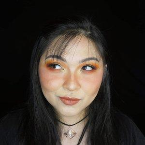 Nyobain lippy baru, i'll share the mini review and full swatches tomorrow 💕 . . . . #colorfulmakeup #colorful #summer #summermakeup #wakeupandmakeup #makeupforbarbies @makeupforbarbies #beautybloggertangerang @beautyblogger.tangerang #indonesianbeautyblogger @indobeautyblogger #arabian #undiscovered_muas @undiscovered_muas #bloggerceria @bloggerceriaid #clozetteid #fdbeauty #indobeautysquad @maccosmetics @indobeautysquad @tampilcantik #tampilcantik #mua_army #fantasymakeupworld #100daysofmakeup #beautybloggerindonesia @beautyblogger_indonesia