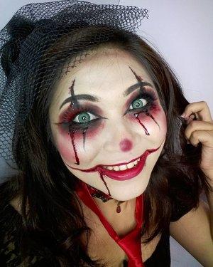 Clowning around 🎈 . . . . #beautyundefeated #makeup #makeuplook #eyemakeup #beauty #fdbeauty #vegas_nay #wakeupandmakeup #clozetteid @wakeupandmakeup #anastasiabeverlyhills #hudabeauty #influencer #beautyinfluencer #halloween #pinkperception #dressyourface #auroramakeup #fotdibb #blogger #cchannelid #lfl #l4l #clownmakeup #indobeautygram #20likes #clown #blood #indonesianbeautyblogger #undiscovered_muas @undiscovered_muas  #indobeautygram #udmhalloween
