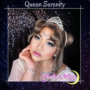 #auzolamakeupcharacter Yuhuuu, finally! Setelah bed rest kemarin sampai ditungguin temen2 collab lainnya, akhirnya collab terbaru jadi juga nih! Sailor Moon Collab! D . Di sini aku jadi Queen Serenity 🌙 Well wignya ternyata lebih gelap dr harapan ku, jadi ga gitu match sm karakter aslinya, tapi yaudahlah ya lol. . Duh liat2 Sailormoon gini inget childhood bgt gak sih? Dulu aku sukanya sama Sailor Mercury sebenernya hehe, kalian suka siapa?? . Yuk cek juga karya temen temen yg lain ❤❤ 1. @mgirl83 as Sailor Moon 2. @aiyuki_aikawa as Tuxedo Bertopeng 3. @inegunadi as Luna  4. @bellasandraa_ as Artemis  5. @anitaa_bee as Sailor Saturnus  6. @leonita_wenny as Sailor Merkurius 7. @magdalena_bhe as Sailor Venus 8. @ochix_zakiyah as Sailor Mars  9. @chelsheaflo as Sailor Jupiter 10. @gadzotica as Sailor Pluto  11. @banieun08 as Sailor Neptunus 12. @hincelois_jj as Uranus 13. @vallerinechristaballe as Chibiusa  14. @auzola as Queen Serinity  15. @yunikatartila as Sailor Ceres . . . . #sailormooncosplay #queenserenity #neoqueenserenity #wakeupandmakeup #sailormoon #makeupforbarbies  #indonesianbeautyblogger #undiscovered_muas @undiscovered_muas #clozetteid #makeupcreators #slave2beauty #coolmakeup #makeupvines #tampilcantik #mua_army #fantasymakeupworld #100daysofmakeup