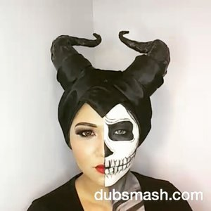 Buat online shop yang kerjaannya ngefollow orang cuma buat ngarep bakal di follow back terus unfollow. Cih. Pengen banget punya followers banyak? 😒Well here goes my two faced maleficent on my very first published dubsmash hahaha.#makeup #maleficent #twoface #disney #villain #dubsmash #dubsmashid #dubsmashindo #clozetteid