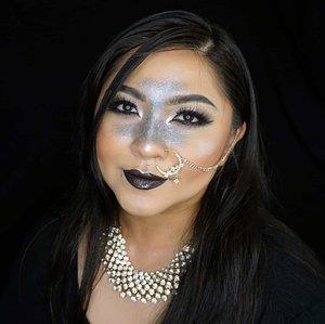 2020! 🎆.P.s this is previous makeup look with Indian touch 😁....#holidaymakeup #holiday #holidayseason #glammakeup #blacklips #glitter #glittermakeup #wakeupandmakeup #makeupforbarbies  #indonesianbeautyblogger #undiscovered_muas @undiscovered_muas #clozetteid #makeupcreators #indonesianbeautyblogger #slave2beauty #coolmakeup #makeupvines #indobeautysquad #indobeautygram #fdbeauty #mua_army #fantasymakeupworld #100daysofmakeup