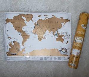 Bertahun lalu kepengen punya travel map yang bisa ditandain kalau sudah berkunjung ketempat tempat di dunia! Dan saya dapetin travel map ini di @bairrodasartes Porto, 🇵🇹.Ternyata dunia itu gede banget! Oh universe, please help us to travel the world while we can.....#ClozetteID#travelmap#map#world#instagood#instamood#wanderlust#neiiPRTtrip#wheninPorto#wheninPortugal#igers