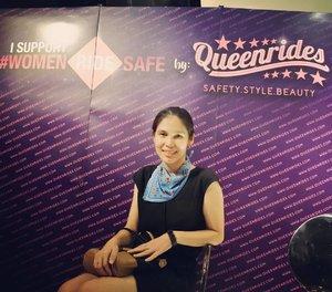 Yes, I support 💙 📷 by @darrenjosep taken with Nikon J5 . Baru saja saya menghadiri Kampanye #WomenRideSafe yang diadakan @queenrides, sebuah startup social enterprise khusus safety riding untuk perempuan .. More info: www.queenrides.com ... #women #safetyriding #roadsafety #ClozetteID #queenrides #bloggerlife #bloggerevent #scarf #bluronpurpose