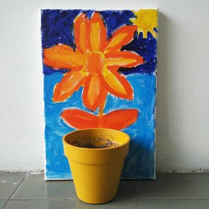 Saya lagi deg-degan menunggu benih bunga matahari tumbuh . .. ... #sunflower #doityourself #DIY #livaza #zenrooms #plantbased #plant #plantlife #clozetteID #bloggerbabes #bloggerbabesID