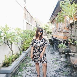 ❤ #OOTD ala-ala 😅😅 #clozetteid #clozettedaily #starclozetter #starclozette #love #bali #nusalembongan #rainbow #indonesia #visitindonesia #indonesiakaya #sea #ocean #aroundtheworld #balinese #JParoundtheworld