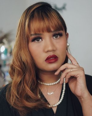 Makeup Inspired by @wandavision seriesGimana cucok ga gaes? #sawomatang #clozetteid #clozettedaily #bibirhitam #makeup50style #wandamaximoff #makeupsawomatang