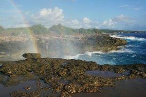 When you see a rainbow after a long time.. ❤ #clozetteid #clozettedaily #starclozetter #starclozette #love #bali #nusalembongan #rainbow #indonesia #visitindonesia #indonesiakaya #sea #ocean #aroundtheworld #balinese #