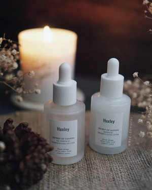Finally tryin' out @huxley_korea skincare ! First time i saw their packaging, i know i will love it because it is simple and elegant. However after tryin it by myself, the formula also very good especially for dry skin. My favorite is Oil Essence, Essence Like because it isn't greasy at all,light weight , quick to absorb and very moisturizing . . . #clozetteid #clozettedaily #review #beautyjunkie #beautyjunkies #instamakeupartist #makeupporn #makeuppower #beautyaddict #makeuptutorial #x2softlens #makeupjunkie #soflensmurah #tampilcantik #wakeupandmakeup #indobeautysquad #tampilcantik #indobeautygram #love #beautyblogger #makeup #makeupartist #makeupgeek #makeuptutorial #eyetutorial #fotd #faceoftheday #undiscovered_mua #underratedmuas @indobeautysquad @tampilcantik @kbbvbyacb @bunnyneedsmakeup @beautybloggerindonesia