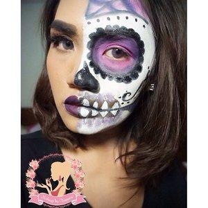 For this #halfsugarskull makeup i'm using : #coverderm classic no.12 mix with no.5 (kalau ga salah) Lipstick : @lagirlsa  For the skull White color : snazaroo face paint Black color : @makeoverid eyeliner black jak and viva facepainting Purple and pink : @bhcosmetics 88 original pallete Softlens : Nobluk Violet by @cleolens  #makeup #makeupjunkie #makeupaddict #sfxmakeup #sfx #halloween #halloweenmakeup #bbloggers #bbloggerid #clozzettedaily #clozetteid #clozzette #beautythings #beauty