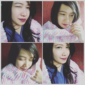 I love sweater weather season, where I can snuggle in bwd, wear my wool scarf & wear dark lipstick..lol 💋 #fotd #sweaterweather #woolscarf #winterscarf #knitscarf #syalrajut #selfie #selca #todaymakeup #maybelline #hyperglossyliquidliner #lipstick #lagirlcosmetics #lagirlrebel #igdaily #instabeauty #clozetteid #MissEhara #IbuMudaBijak  Oh ya, scarf rajut cantik yg aku pakai ini handmade by @handivea looh 😍 begitu lembut & hangaaaat sekali ❤ makasih ya say 😘 syal ini benar2 jd favorite aku ❤ yg mau order scarf / topi rajut berkualitas, buat winter ke LN biar tetap hangat & bergaya.. silahkan contact @handivea ❤