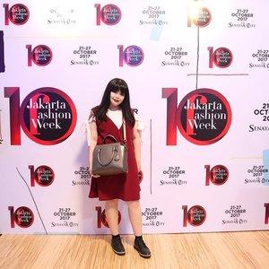 #throwback from last Sunday Jakarta Fashion Week  Thank you for having me! @almondtreecakes Oh ya I used @gobancosmetics in Brownie 💕 . . . . . . #jfw #jfw2017 #jakartafashionweek #ootd #wonderfullyn #clozetteid #gobancosmetics #brownie