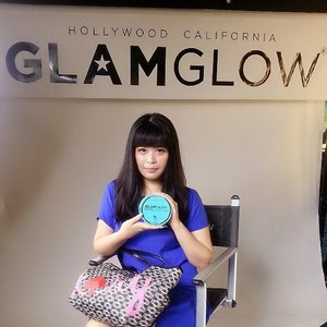 Thank you @glamglow_ind for having me last week! Love to tried the Thirstymud Hydrating Treatment ♡ #glamglow #glamglowind #plazaindonesia #thirstymud #launching #beautyevent #beautyblogger #hollywood #california #mud #instant #instablogger #instabeauty #clozettedaily #clozetteid #beautybloggerindonesia #indonesian #throwback #lastweek