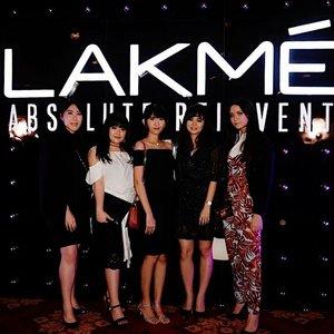"@lakmemakeup Trend Gala ""Illuminance"" night Okay I'm a shorties here 😑 . . . . . #lakmemakeup #LAKMETrendGala #beautyinfluencer #beautymeetsfashion #wonderfullyn #lynebeauty #beautybloggerindonesia #makeupenthusiast #clozetteid"