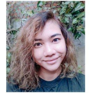 Beige. Mint. Hair.  . #hairjourney #hair #curlyhairdontcare #curly #curlyhair #clozetteid #clozette