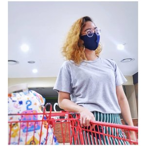 Hello, Building Outside Home!It's been a while....#ootd #ootdstyle #outfit #outfitoftheday #clozetter #clozette #clozetteid #wearmask #fashion #hair #hairjourney #curly #curlyhair #curlyhairdontcare