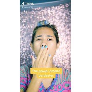 Ketika emak-emak berdaster main makeupan ......Happy weekend ...Jangan lupa di follow tiktok aku ya beb ......#tiktok #tiktokviral #tiktokindonesia #lifestyle #mominfluencer #momlife #beautybloggerindonesia #jakartabeautyblogger #beautyblogger #lookoftheday #fashion #love #clozetteid #whatiworetoday #mylook #fashionista #instastyle #instafashion #makeuppost #fff #likeforlike #beautybloggerindonesia #WAH #Stayhome #beautybloggers #makeup