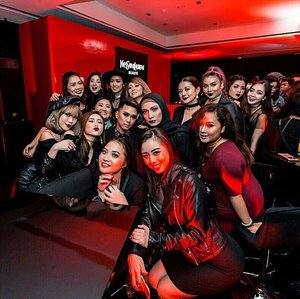 #regram @evarinjanii 😍😍😍😍😍 . . #YSLBeauty #YSLBeautyID #YSLBeautyClub #miradamayanti  #beauties #ClozetteID #bloggers #beautyjunkie