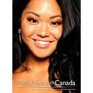 Throwback to when I had to do @belindakiriakou makeup for Ms. Universe Canada prelim 2010. You should follow her, just because she's such a fitness inspiration! Great smile, great personality, amazing woman! #clozettedaily #clozetteid #kireimakeup #msuniverse #canada #canadian #fitness #makeup #mua #makeupartist #indonesianmua #indonesianblogger #fitness #asian #beauty #beautiful #girl #pretty