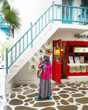 Menanti 🥰  #balqis57travel #traveler #traveling #wanderlust #santorinipark #wisatatailand #thailand #clozetteid
