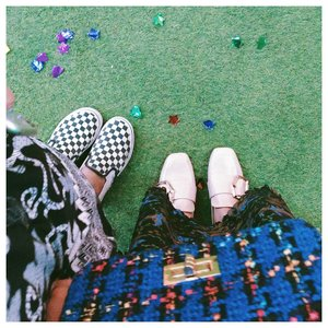Twinkle twinkle little star. Throwback with my amy . . . #clozetteid #acolorstory #abmlifeisbeautiful #abeautifulmess #chictopia #starclozetter #whatwelike #shoesinframe