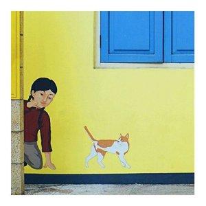 Found this cutie wall. Yellow, yellow, vibrant yellow  #ClozetteID #fromwhereistand #vibrantcolor #yellowwalls #yellowpower #abmlifeiscolorful #abmlifeisbeautiful #abeautifulmess #acolorstory #starclozetter #fashionblogger #paintingwalls