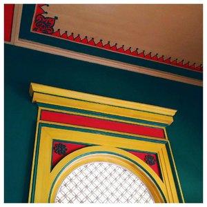 Details 💘...#Clozetteid #fromwhereistand #starclozetter #acolorstory #abeautifulmess #whatwelike #starclozetter #abmlifeiscolorful #colorwalls