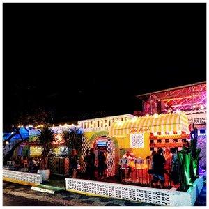 Review motel mexicola udah ada di blog aku ya. Tinggal klik link yg ada di bio. Ternyata dateng malam hari suasananya langsung beda gitu. Penuh warna warni cantik. Tapi sayangnya ada hal yg bikin sedikit bete lah. Apa? Cek langsung di blog ya 🌴🌮..#clozetteid #reviewcafe #candyminimal #acolorstory #abmlifeisbeautiful #fromwhereistand #lifeiscolorful #fwisfeed #baligasm #explorebali