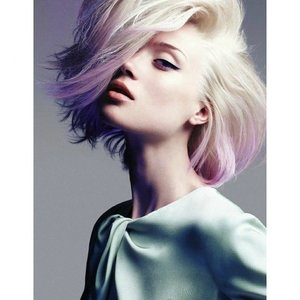 Never thought that #dipdye could work for short bobs, inspired to acheive similar look now!  #Clozette #ClozetteID #Number76Hairfie  Photo credits to: Marie Claire Australia (June 2012)