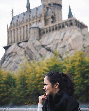 Let's enroll to Hogwarts next semester. #deepestwish 😍😍 _ _ #harrypotter #thewizardingworldofharrypotter #universalstudiojapan #clozetteid #japanholiday #whattodoinjapan
