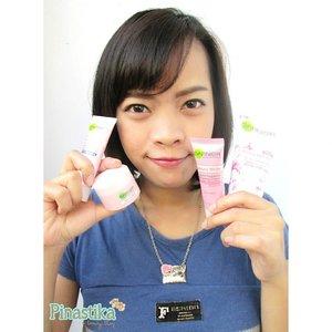 Blogged! 7 Days Challenge Garnier Sakura White + Review  http://mybeautypinastika.blogspot.com/2014/09/review-garnier-sakura-white-7-days.html ♥  #beralihkesakura #garniersakura #garniersakurawhite #garnier #garniersakuraindonesia #beautyblogger #pinastikabeautyblog #bbloggers #clozetteid #skincare