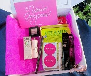 Loveeeeee banget sama isinya Koreabuys Makeup Box!!! For more info http://bit.ly/23qGzUm  #clozetteid #clozettedaily #beauty #makeup #beautybox #korean #korea #etudehouse #missha #thefaceshop #hajuskincare #theskinfood #makeup