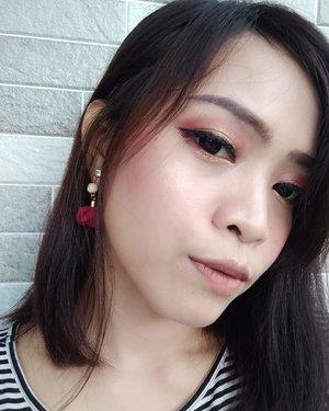 "Sisa kemarin 😄  Face : - @shuuemura Petal Skin Foundation - Maybelline Fit Me Concealer - Milani Powder Blush 06 ""Lady Rouge"" - Beauty Creation Highlighter ""Angel Glow""  Eyes : - Fanbo Eyebrow Pencil - brown - NYX Jumbo Pencil Milk (as eye primer) - Beauty Creation Tease Me Eyeshadow - Wardah Eyexpert Optimum Hi-Black Liner  Lips : - @liponlip_id Velvet Matteness ""Nude""  #ClozetteID #beauty #makeup #love #selca #selfie #makeupoftheday #potd #fotd #asian #coordinate"
