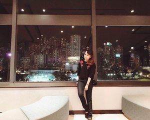 Studded skyline 🌃 #clozetteID #travel #hongkong